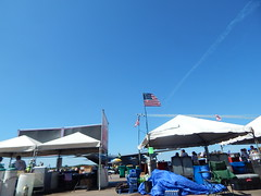 DSCN0272 (mestes76) Tags: 070718 duluth minnesota duluthairshow airshows vendors concessions people strangers jets planes sky inflight jettrails