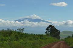 PZ20190524-017.jpg (Menlo Photo Bank) Tags: spring globalprograms cloud mountain tanzania upperschool 2019 menloschool photobypetezivkov atherton ca usa