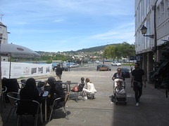 View of the ria from the square, Pontedeume (d.kevan) Tags: squaresandroundabouts views terraces people tables seats buildings trees river pontedeume galicia spain lacoruña bridges hills plants cars streets railings rivereume plazadeespaña streetlamps
