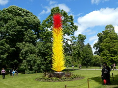 Chihuly: Reflections on Nature at Kew Gardens (Scarlet and Yellow Icicle Tower by Dale Chihuly) (chibeba) Tags: kew kewgardens summer 2019 june london capital unesco heritage garden gardens richmond surrey royal botanic botanical royalbotanicgardens tourism attraction chihuly glasssculpture glass sculpture dalechihuly artist installation reflectionsonnature summershow contemporaryart glassexhibition chihulyexhibition