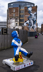 Glasgow Mural & Oor Willie (Wolfie_64) Tags: glasgow mural commonwealth games 2014 oor willie big bucket tour