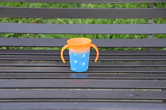HBM Baby Cup on Bench...No baby... (Omunene) Tags: benchmonday bench citypark neworleans sippycup