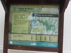 Information and map of As  Fragas  de  Eume (d.kevan) Tags: informationpanel texts words spanish galicia asfragasnaturalpark spain lacoruña map key galician