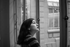Through the window (Alexis Pojomovsky) Tags: meike 35mm f17 bw