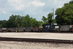 Workhorse (TolgaEastCoast) Tags: ns norfolk southern sd402 lamberts point virginia train