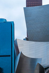 Walt Disney Concert Hall (Robert Borden) Tags: geometry perspective architecture geometric style architettura primeshots icarchitecture instaphoto camera compostion instafocus igworldclub visuals aesthetics throughthelens snapshot exposure fujifilmxt2 50mm primelens 50mmprime los angeles california la socal cali