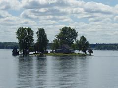 Island Home (WabbitWanderer) Tags: thousandislands 1000islands 1000 thousand islands island home stlawrence river