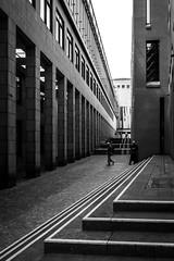 Streets of Frankfurt III (Christoph Wenzel) Tags: frankfurt deutschland blackandwhite tamron18200mmf3563vc sonyalpha6000 stadt bw architektur hessen frankfurtammain