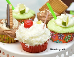 """Debbie's Delights Cupcakes_9891 (2HandzUp1913) Tags: food dessert cupcakes 2handzup1913 nikon baltimore desserts """"debbie'sdelights"""" 2015 """"dukesfamilyreunion"""" """"boozeinfused"""" dsc9891"""
