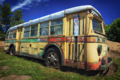 1940 MACK! (Ian Sane) Tags: ian sane images 1940mack mack bus 1940 classic colorful backyard resting old retired corrosion history dufur oregon sunlight canon eos 5ds r camera ef1740mm f4l usm lens