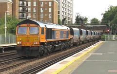 66761 Kensington (Olympia) (localet63) Tags: class66 gbrailfreight 6v79 66761 kensingtonolympia