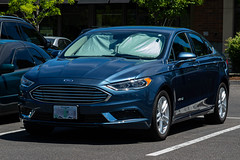 2018 Ford Fusion Hybrid (mlokren) Tags: 2019 car spotting automotive automobile vehicle sedan fwd midsize blue pacific northwest pnw oregon canon powershot g16 2018 ford fusion hybrid