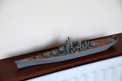 DSC_8773 The Revell Battleship USS Missouri (WWII) from the plastic ship model kits range accurately recreates the real life US battleship (photographer695) Tags: airfix model ship the bismark revell battleship uss missouri wwii from plastic kits range accurately recreates real life us