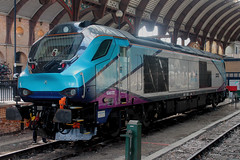 Class 68: 68032 TransPennine Express York (emdjt42) Tags: 68032 transpennineexpress class68 york