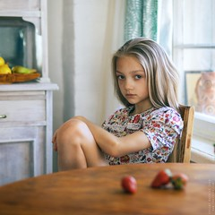 Taya. (matveev.photo) Tags: girl light teenage sunlight look sun summer teen table portrait matveev