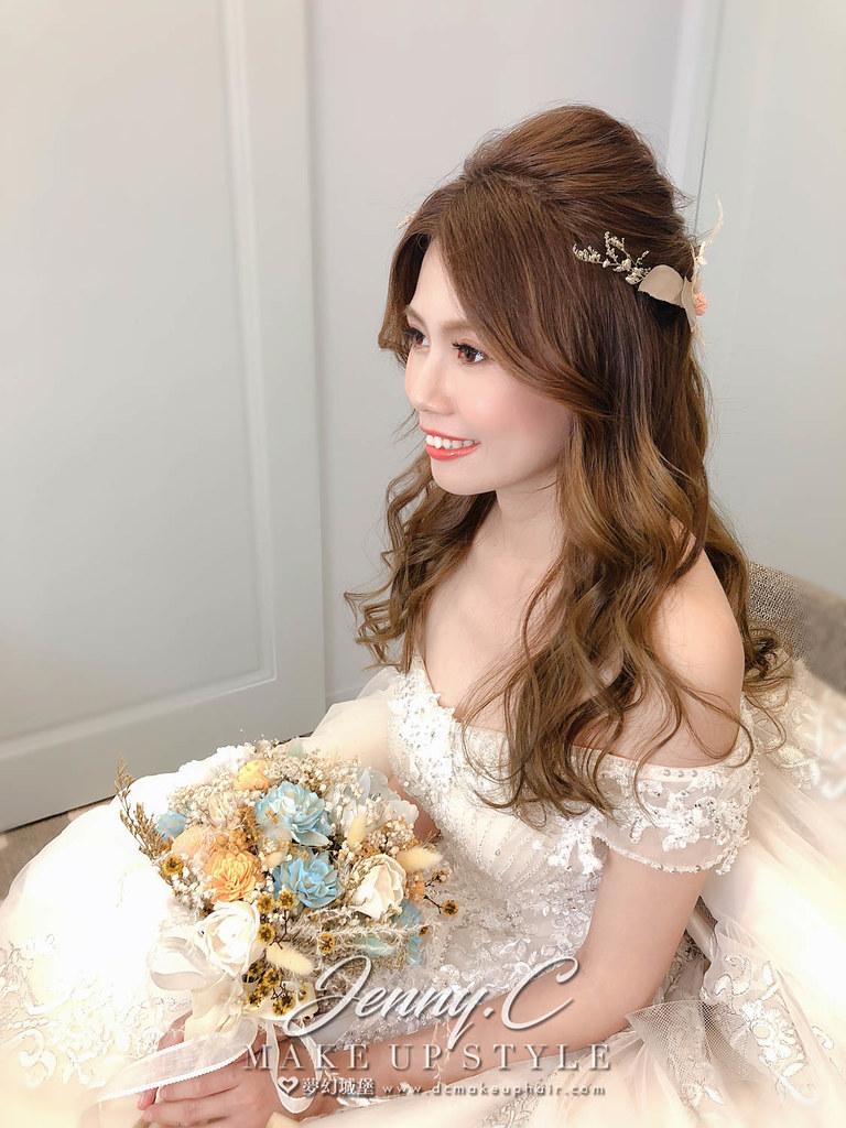 【新秘蓁妮】bride家瑜 訂結婚造型 / 台中萊特薇庭