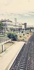 olhando para trás (BedBrochFlick) Tags: santos lisbon lisboa portugal europa 2019 mmxix summer trainline line station