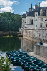 Souvenir (sdupimages) Tags: street candid chateau castle chenonceau composition couple selfie river scene paysage landscape