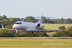 CHALLENGR 350 YU-GSF (shanairpic) Tags: bizjet corporatejet executivejet luton