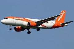 G-EZUL_03 (GH@BHD) Tags: gezul airbus a320 a320200 a320214 u2 ezy easyjet bfs egaa aldergrove belfastinternationalairport aircraft aviation airliner