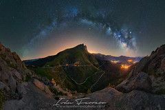The eye (Iván Ferrero) Tags: avila castillayleon montaña nature longexposure milkyway astro outdoor largaexposición fotografianocturna noctógrafos noctámbulos españa spain puerto pano panorama ptgui sonya7riii composition nightphotography explore explorer exploration travel peak mountain star stars ivanferrero highiso milkyshots