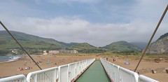 Mañana de este día veraniego con cielo despejado y muy buena temperatura ( Playa la arena) (eitb.eus) Tags: eitbcom 41476 g1 tiemponaturaleza tiempon2019 bizkaia muskiz juanguerrero