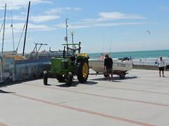 DSCN9424 (Skillsbus) Tags: france tractor