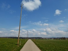 Zürcher Oberland (HTT) (sander_sloots) Tags: zürcher oberland uster happy telegraph tuesday eclectic poles posts landscape swiss switzerland zürich clouds dctz90 panasonic lumix landschap zwitserland elektriciteitsmast palen wolken greifensee telefoonpalen wires road weg