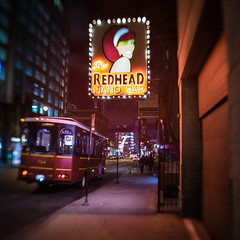 Redhead piano bar (Jim Nix / Nomadic Pursuits) Tags: chicago illinois jimnix lensbaby nomadicpursuits sony sonya7ii bar cityscape streetphotography travel