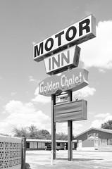 The Golden Chalet (dangr.dave) Tags: grandprairie tx texas downtown historic architecture goldenchalet motorinn motel neon neonsign