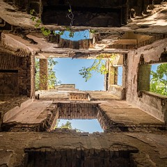 Look Up | Abandoned House, Austria (Chris Feichtner) Tags: lostplace abandoned iphonephotography shotoniphonexs