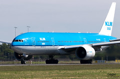777 PH-BQI librea KLM Asia (Dawlad Ast) Tags: aeropuerto internacional amsterdam ams schiphol holanda international airport avion plane airplane aircraft spotting mayo may 2019 holland polderbaan despegue takeoff take off boeing 777206er phbqi klm sn 33714 iguazu falls b777 777