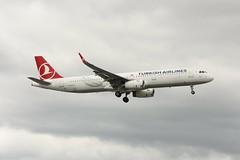 TC-JST | Turkish Airlines | Airbus A321-231 (geoff487) Tags: turkishairlines turkish thy tk tcjst airbus airbusa321 londonheathrowairportlhr egll sharklets