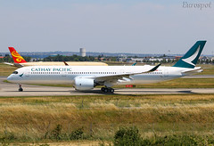 F-WZGL Airbus A350 Cathay Pacific (@Eurospot) Tags: blqa fwzgl airbus a350 a350900 lfbo toulouse blagnac cathaypacific