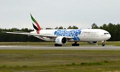 Emirates A6-EPD, OSL ENGM Gardermoen (Inger Bjørndal Foss) Tags: a6apd emirates boeing 777 osl engm gardermoen