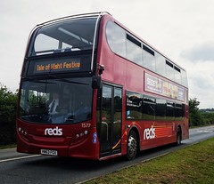 Salisbury Reds 1577 is on Binfield Corner while on a Festival Shuttle. The Festival has now finished so all the Salisbury buses should be returning to Salisbury by the end of the week. - HW63 FGX - 17th June 2019 (Aaron Rhys Knight) Tags: salisburyreds 1577 hw63fgx 2019 binfieldcorner binfield newport isleofwight gosouthcoast goahead alexanderdennis enviro400