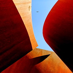 abstract reality (sculptorli) Tags: abstract art architecture abstraction bird sky cielo abstrakt arte shade abstrait shadow lightandshadow light shadows minimalism simplicity ombre minimalistic 光 亮 阳光 明亮 shine svetlý luz licht φωσ свет 鸟 天 空 небо luce ég niebo gök hava sema ਸਵਰਗ sculpture sequence stanford cantor serra