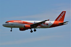"""(ORY) Easy Jet Airbus A320-214  OE-IVK """"Nantes livery""""Landing runway 06 (dadie92) Tags: ory orly airbus a320 a320214 oeivk landing spotting venice aircraft airplane nantes speciallivery nanteslivery nikon d7100 sigma tamron danieldanel"""