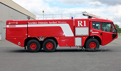 Rescue 1 - Weston Airport Dublin. (Ken Meegan) Tags: rescue1 carmichaelcobra2 weston 1762019 cobra2 firetruck fireengine