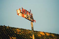 2019.06.09 Leica R5 Vario-Elmar 80-200mm f4 fresh film 04-2021 Kodak Gold ISO200 Lithuania Pervalka (17) (nefotografas) Tags: 20190609 leicar5 varioelmar80200mm f4 freshfilm 042021 kodakgold iso200 lithuania pervalka sunrise