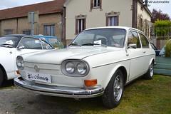 VW 411 (Monde-Auto Passion Photos) Tags: voiture auto automobile vehicule vw volkswagen 411 berline blanc white ancienne classique rare rareté collection rassemblement france courtenay