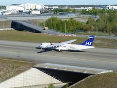 ATR 72-600 (skumroffe) Tags: atr72600 atr72 sas gfbxd atr airplane aircraft flygplan plan plane stockholmarlandaairport stockholmarlanda arlandaairport arlanda stockholmarlandaflygplats arlandaflygplats arn airport flughafen flygplats aeropuerto sigtuna stockholm sweden