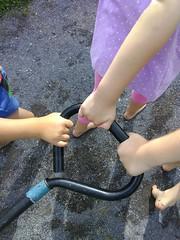 IMG_20180917_112247 (1) (Ithaca Children's Garden) Tags: playful nature preschool hands wagon