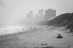 Fata Morgana (katka.havlikova) Tags: durban africa afrika seaside sea city town travel fog black white blackandwhite blacknwhite beach cestování pláž město mlha černá bílá southafrica