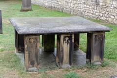 Unusual? (mrpb27) Tags: gwuk guesswhereuk church edwardbirchall tomb grave kirkegate tadcaster leeds northyorkshire england uk gb nikon d5200 18200mmf3556gedifafsvrdx dxophotolab mrpb27