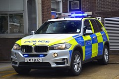 BX17 DJZ (S11 AUN) Tags: london metropolitan police bmw x5 xdrive30d 4x4 anpr traffic car roads policing unit rpu 999 emergency vehicle metpolice supervision bx17djz