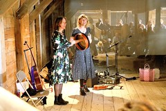 The Lasses 7499-7_5201 (Co Broerse) Tags: music composed guitar gitaarfestival enkhuizen zuiderzeemuseum 2019 cobroerse the lasses margot merah sophie janna vocals hand percussion wierschuur