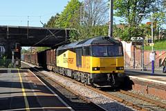 60087 Leyland (CD Sansome) Tags: station leyland west train coast main trains line wcml rail tug 60 colas 60087 logs chirk carlisle 6j37
