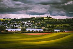 Dauner Maare (T. Kaiser) Tags: daunermaare eifel vulkaneifel maare daun sonyilce7rm3 fe24105mmf4goss rheinlandpfalz landschaft bewölkt cloudy