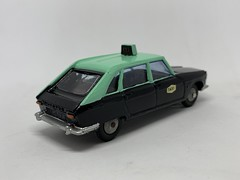 Metosul Portugal - Renault 16 Taxi - Miniature Diecast Metal Scale Model Public Service Vehicle (firehouse.ie) Tags: portugal taxi renault r16 metosul metal miniatures miniature model models car cars cab taxis coche hackney cabs coches psv hackneys